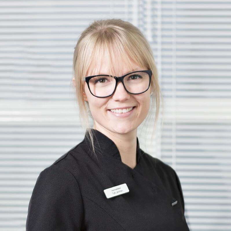 Hammaslääkäri Tytti Järvinen