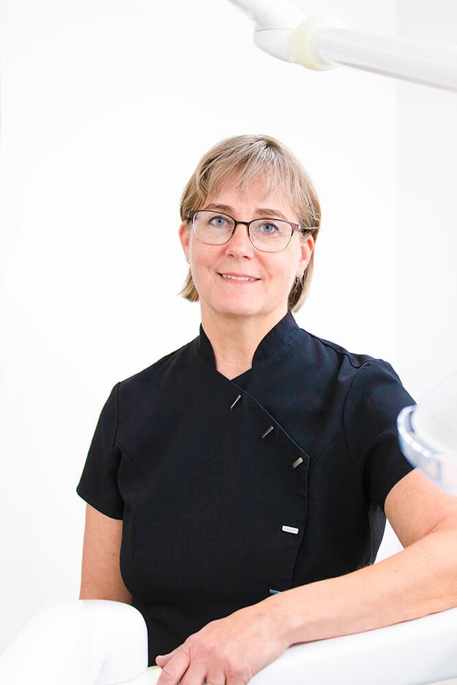 Hammaslääkäri Katarina Matilainen